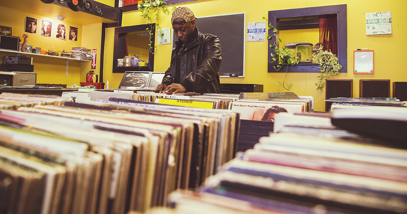 lifestyle of crate digging image